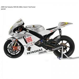 2009-Fiat-Yamaha-YZR-M1-800cc-Estoril-Fiat-Punto-special