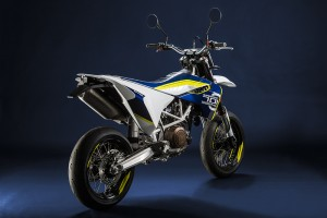Husqvarna_701_Supermoto_rear_right