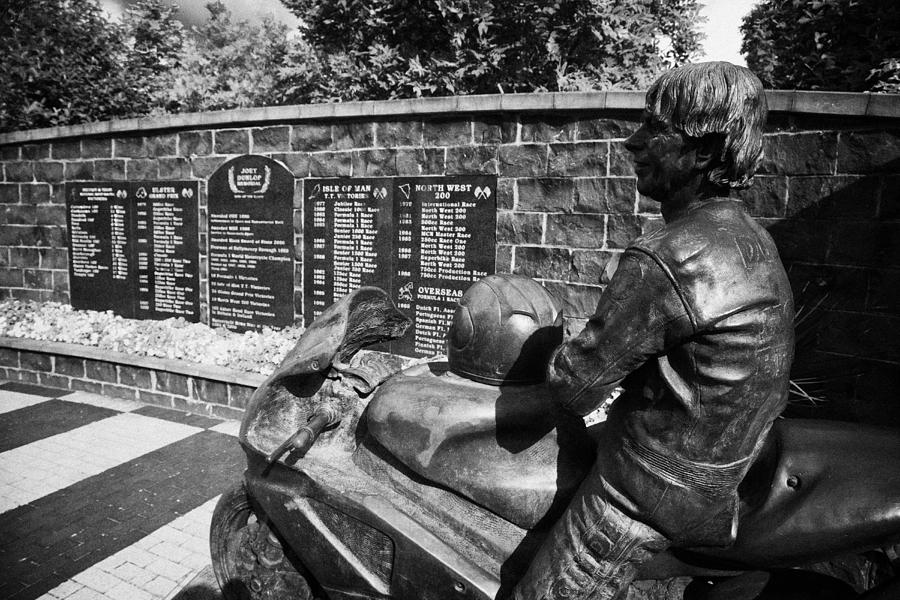 joey-dunlop-memorial-garden-in-ballymoney-county-antrim-joe-fox